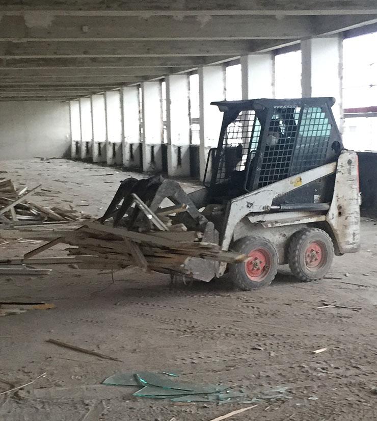 mini bagger 1 2 tonnen vermietung verleih muenchen  - Abbruch München